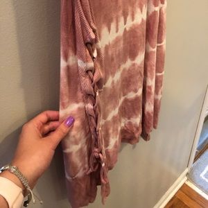 American Eagle Outfitters Tops - AE Soft & Sexy rib pink tie dye tank w/ tie sides